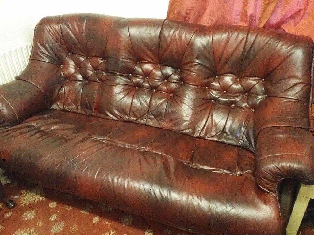 F A O Furniture Specialists Solid Wood Frame Leather Sofa