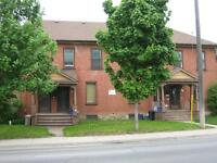 2 Bed Townhome, Close to Downtown, Available Aug1