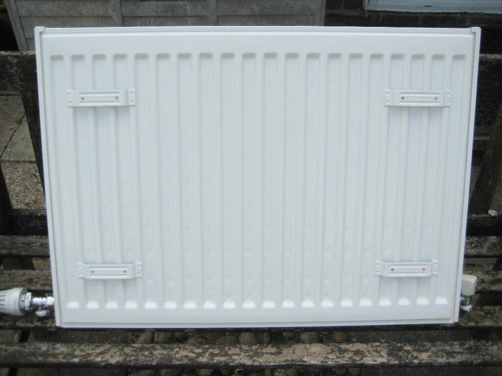 Quality Double Panel Radiator With Grille, Thermostat Valve And ...
