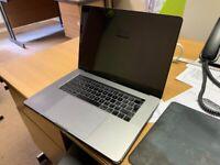 "MacBook Pro 15"" late 2018"