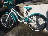 Girls Apollo Oceana Bike. Like new. Immaculate condition. 6 gears.