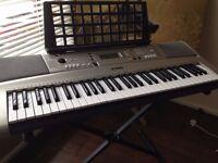 Yamaha Keyboard + stand + bag