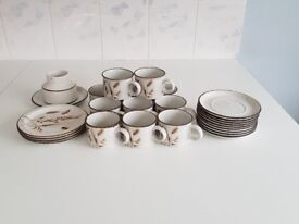 Wedgewood Midwinter Stonehenge Wild Oats Pattern crockery all excellent condition