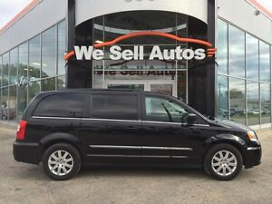 2013 Chrysler Town & Country TOURING *LOADED*