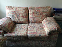 2 seater sofa - beige/patterned