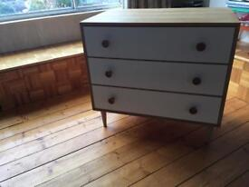 Meredew. retro. oak. chest. Excellent condition .07505769848