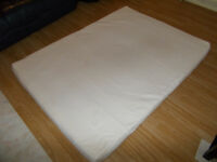 4FT6 Double Memory Foam and Reflex Mattress with Border Miqro Quilted Cover