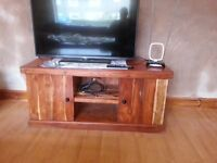 solid oak 3 piece sideboard, coffee table and corner unit