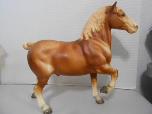 Vintage Breyer Molding Co. Brown Horse with Cropped  Tail