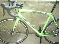 specialized allez sport road bike. 2015. 56cm. Monster green. used about 50 miles