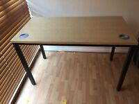 Desk for sale £10 ONO