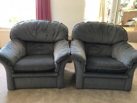 2 grey armchairs - FREE - collection CT12