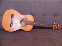 Acoustic Guitar _used