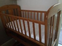 Baby swinging crib -used