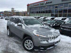 2015 Jeep Cherokee NORTH 4X4**COLD WEATHER GROUP**8.4INCH SCREEN
