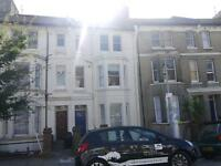 4 bedroom house in Warleigh Road, Brighton