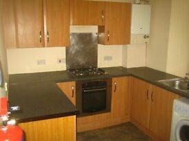 4 BEDROOMS + LOUNGE HMO LICENSED FLAT - CITY CENTRE DUNDEE