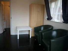 Studio Flat available for Rent Near Dagenham East