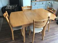 Solid wood dinning table & chairs