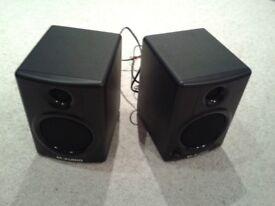 M-Audio AV40 Studiophile Speakers (Pair)