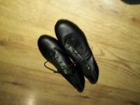 Black shockwave womens tap shoes