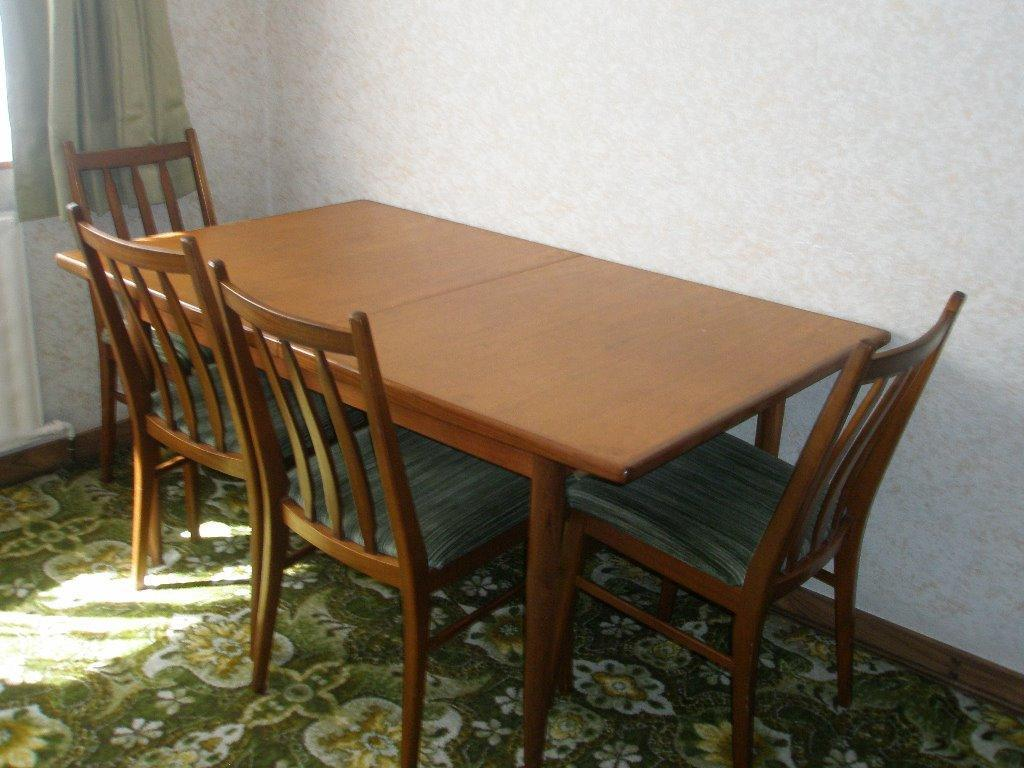 dining table and 4 chairs in loughor swansea gumtree
