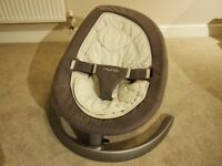 USED / Baby Bouncer / Nuna Leaf Curv