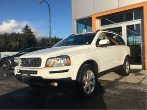 2011 Volvo XC90 3.2 AWD Level 2 / BLIS / New tires