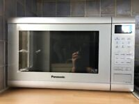 Microwave for sale. Panasonic 900w. 3 years old. Perfect condition. Selling due to house move