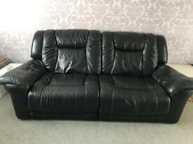 Electric recliner sofas