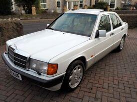 Mercedes 190E 2.6 Auto – 1992 – Arctic White - FSH - Leather - 12 Months MOT -Excellent Condition