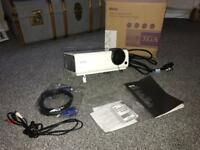 Benq projector and screen