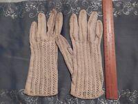 3 pairs ladies vintage gloves