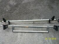 two roof bars with ladder roller. fit vauxhall vivaro. nissen primaster renault trafic