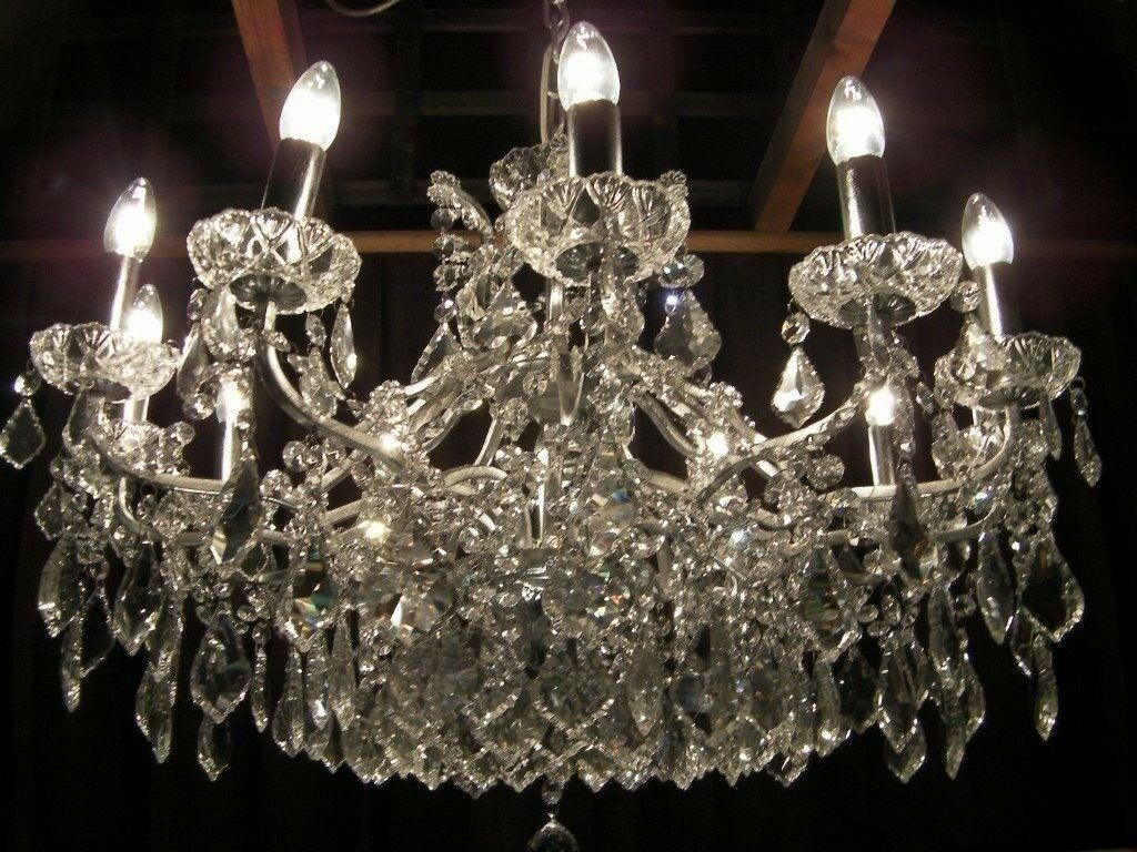 ABSOLUTELY STUNNING 3 FOOT WIDE CRYSTAL CHANDELIER | in Leytonstone ...