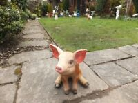 PIG GARDEN ORNAMENT - SOLID