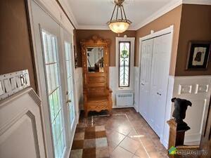 255 000$ - Maison 2 étages à vendre à Alma Lac-Saint-Jean Saguenay-Lac-Saint-Jean image 2