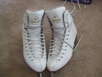 Girls Jackson Classique figure skates - box size 4 1/2
