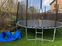 14 ft trampoline emaculate condition