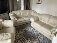 Leather sofas 3 piece like new could deliver
