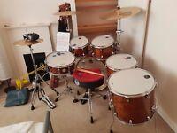 Nearly new 5 piece drum kit