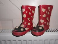 Girls wellington boots with heart patterns, size 5