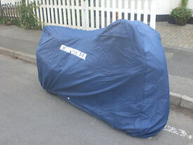 BRAND NEW UNOPENED: MOTORBIKE COVER WATERPROOF AIR VENTS ELASTIC HEM FRONT AND REAR MOTORCYCLE