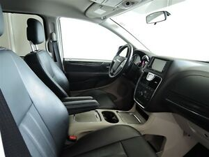 2016 Chrysler Town & Country Touring Leather Stratford Kitchener Area image 8