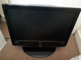 Umc 19inch ; tv with dvd player