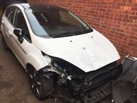 2016 (66) Ford Fiesta White Edition autum 5 door damaged salvage