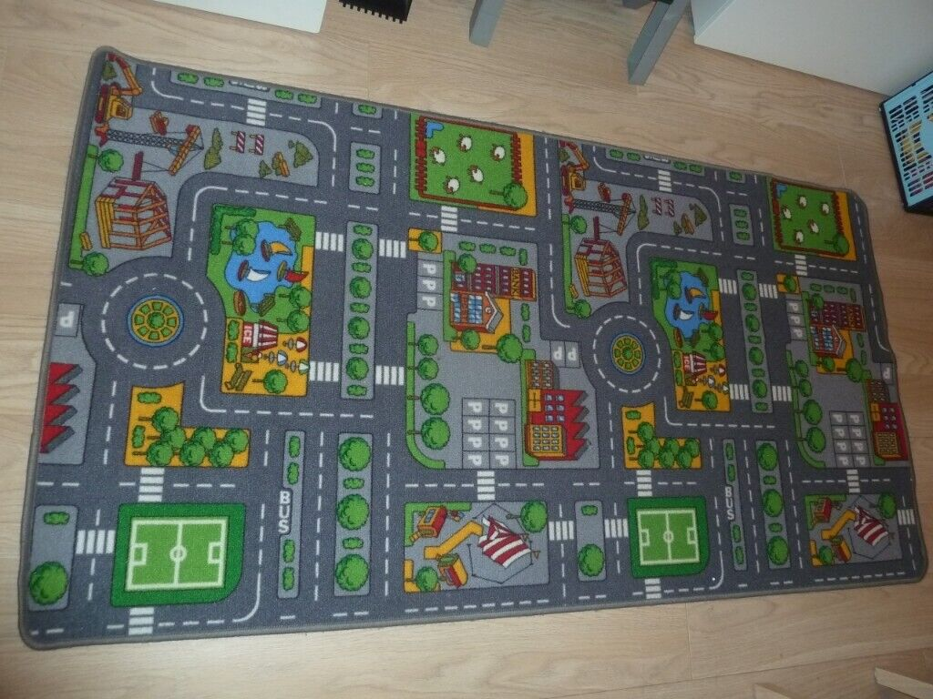 Children's Town Road Map/Car Map/Play Rug Large + x10 Vehicles - Excellent on