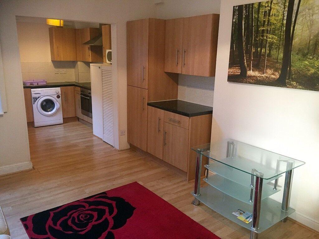 4 bedrooms in REF:1057 | Plungington Road | Preston | PR1 |