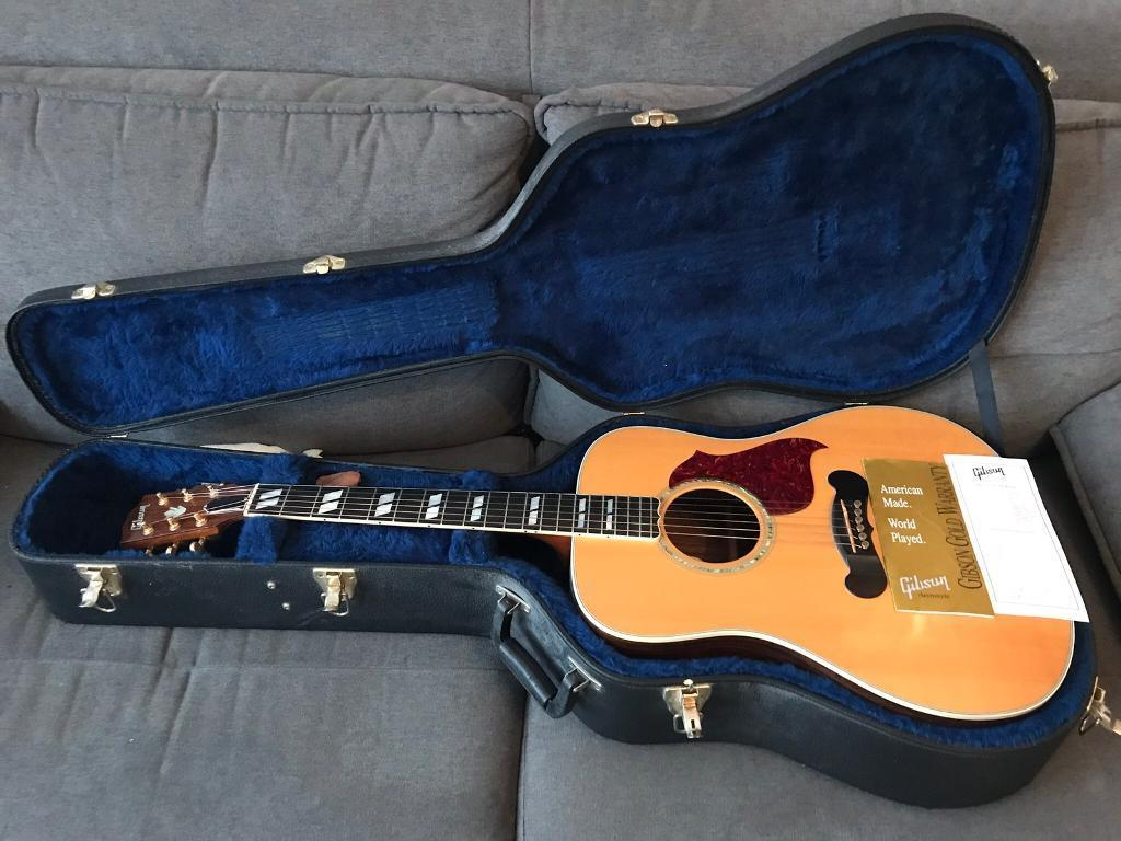 Gibson Songwriter Deluxe (Electro Acoustic) 2007