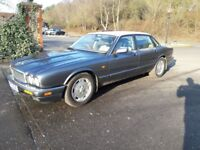 Jaguar XJ6 - Automatic
